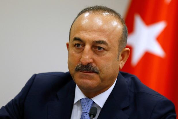 """Ankara dénonce une """"attaque qui dépasse les bornes"""" de la part de Macron"""