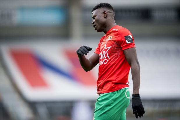 Oostende lijdt 0-2 nederlaag tegen hekkensluiter Waasland-Beveren