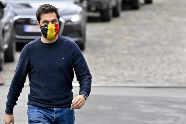 Sondage : le MR recule à Bruxelles, le PTB 3e parti de Wallonie