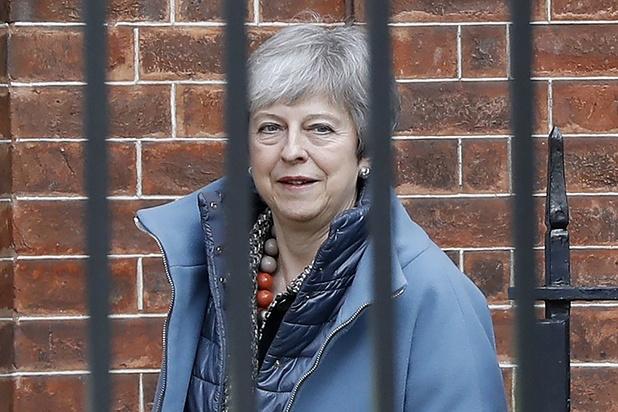 Theresa May à la recherche d'un nouveau report du Brexit