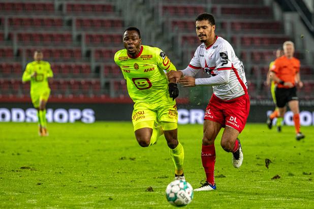 Le FC Malines s'impose 1-2 à Zulte Waregem et le devance au classement