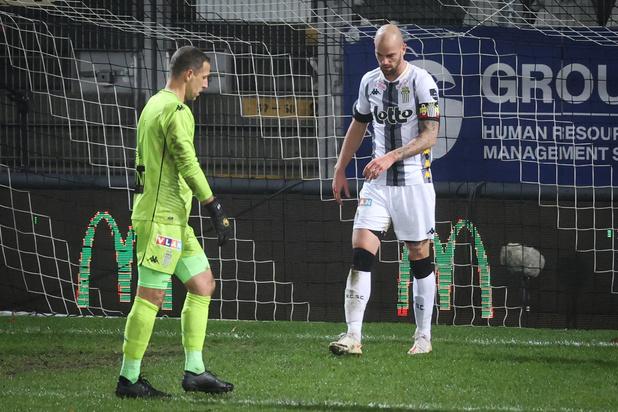 Charleroi surpris à domicile par La Gantoise