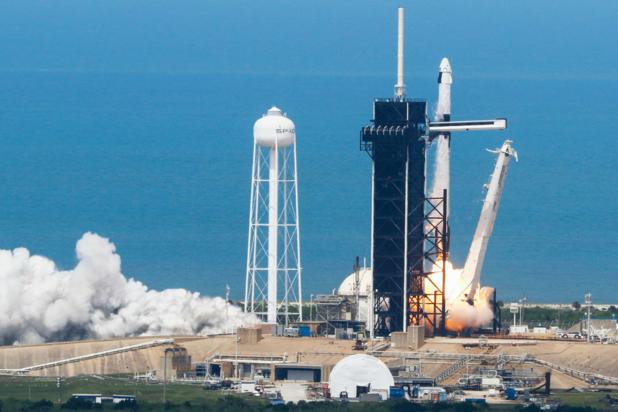 SpaceX is 44 miljard dollar waard