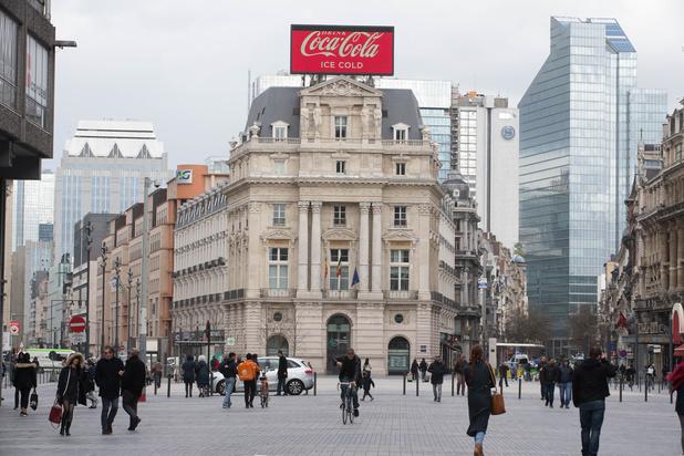 La Région bruxelloise refuse de maintenir la pub pour Coca-Cola à la place De Brouckère