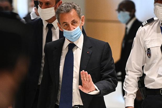 Sarkozy condamné: la France coupée en deux (revue de presse)