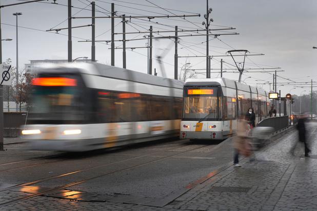 Slimme verkeerslichten geven Gentse en Antwerpse trams altijd groen