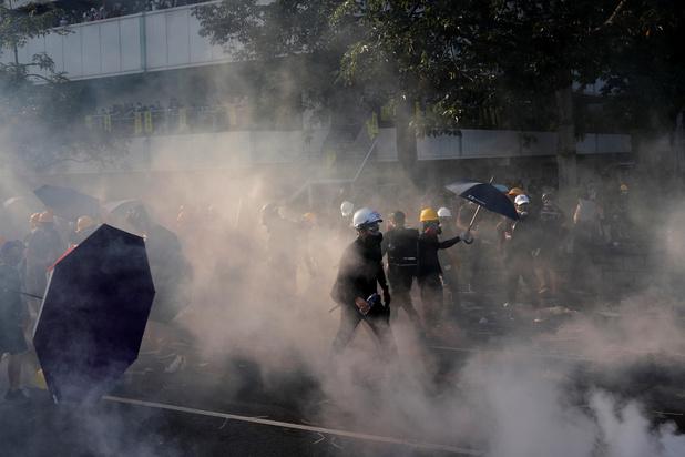 "La violence poussera Hong Kong vers ""un chemin sans retour"""