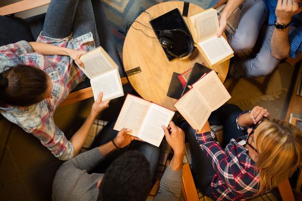 'Zomerscholen tonen dat talenonderwijs opnieuw bovenaan politieke agenda moet staan'