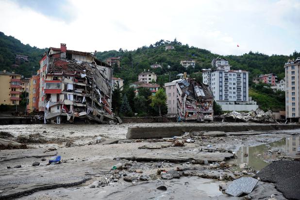Zevenentwintig doden bij overstromingen in Turkije