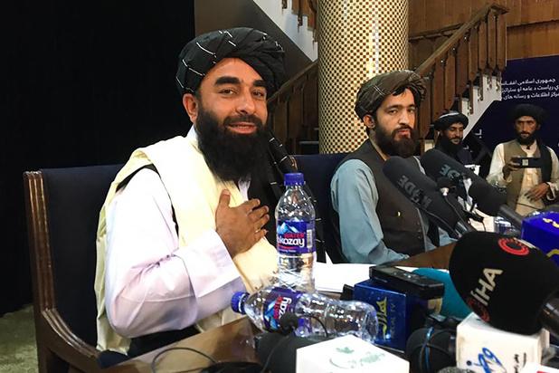 Comment les talibans se servent (subtilement) de Twitter pour rassurer