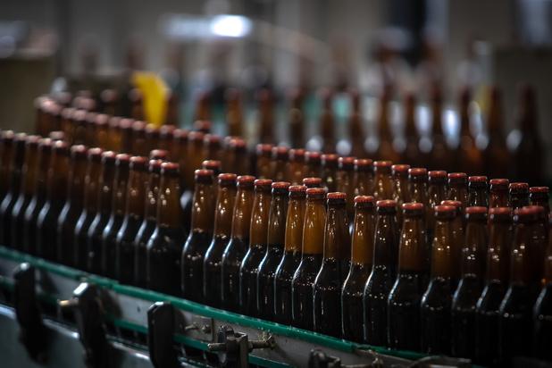 Brouwers kampen met tekort aan bierflesjes