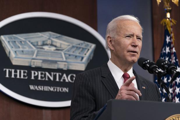 Biden pleit voor striktere wapenverkoop in VS