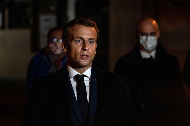 """Propagande islamiste en ligne, sécurité scolaire: Emmanuel Macron annonce des actions """"concrètes"""""""