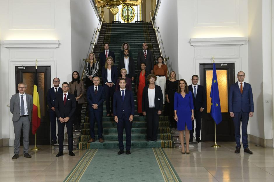 In beeld: dit zijn de nieuwe federale ministers en hun bevoegdheden