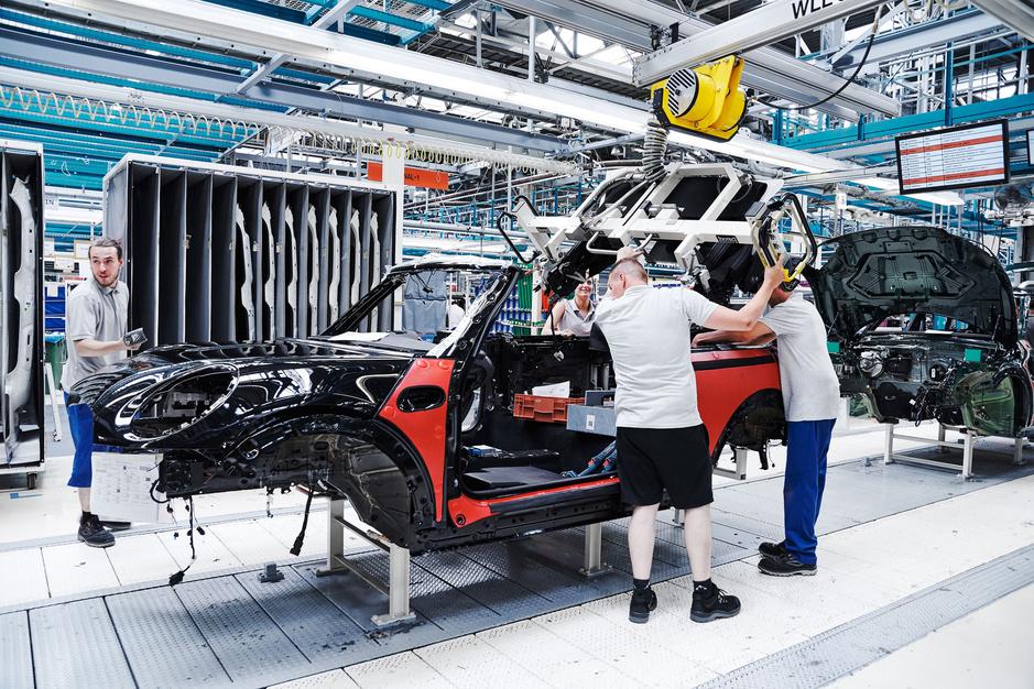 Hoe het chiptekort de autoproductie verstoort en constructeurs meer geld kan kosten dan corona