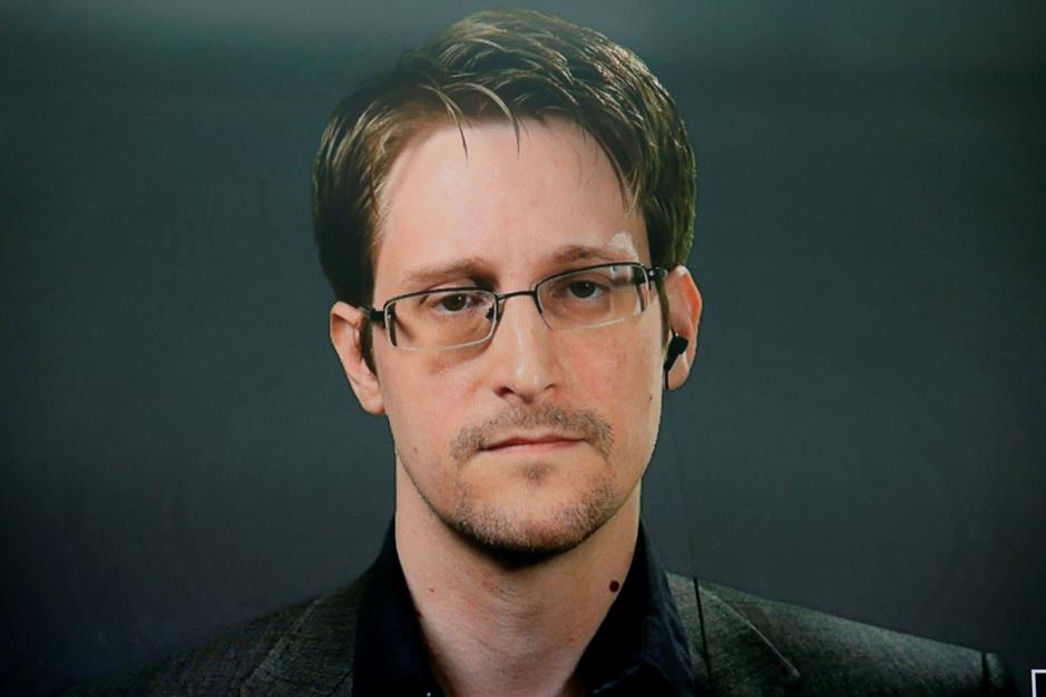 Edward Snowden reageert op Pegasus Project: 'We moeten handel in spyware stoppen'