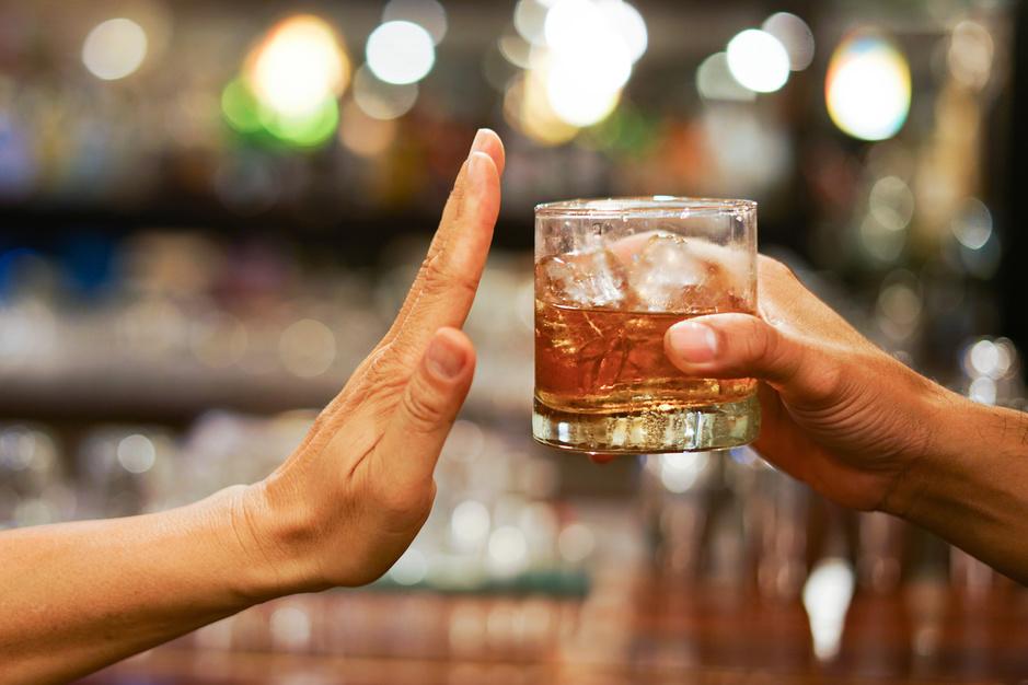 Tournée Minérale zinvol? 'Ook de prijs van alcohol moet omhoog'
