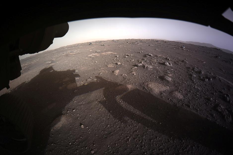 In beeld: Robotjeep Perseverance landt op Mars