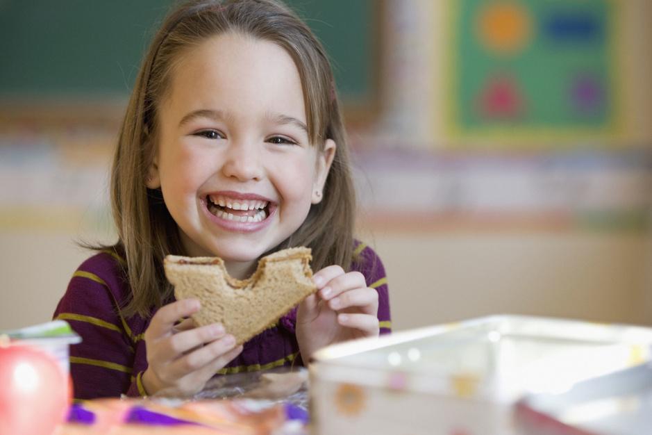 Mag je kind veganistisch eten? Feiten en fabels over kinderen en voeding