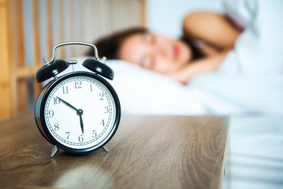 Wintertijd: dit weekend een laatste keer een uurtje langer slapen?