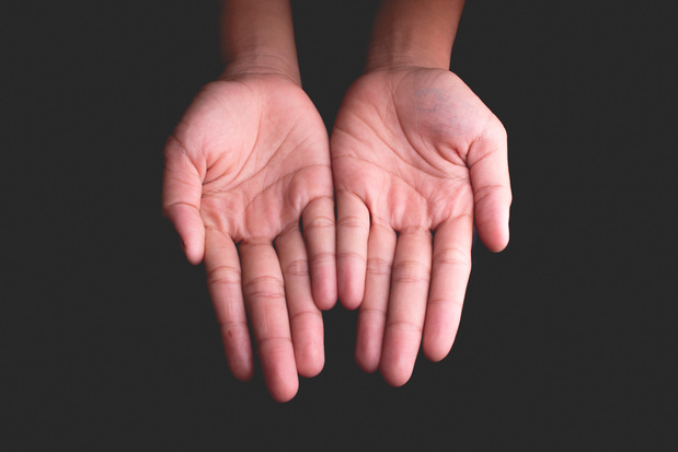Payer à l'école au moyen d'un scan de la paume de la main interpelle sur le plan du respect de la vie privée
