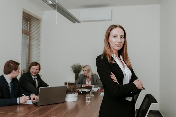 La fin du travail au bureau n'aura pas lieu, car le bureau physique est d'abord un lieu de pouvoir!