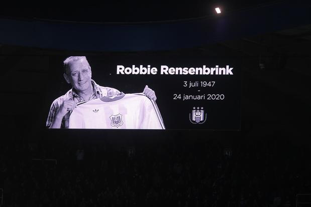 Minute de silence pour Rensenbrink: Mouscron s'excuse