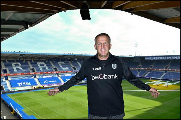 """John van den Brom: """"Je prône toujours le beau jeu, parfois un peu trop"""""""
