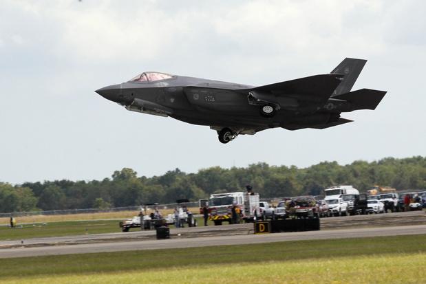 Dedonder: 'Regering niet van plan aankoopcontract F-35 te stoppen'