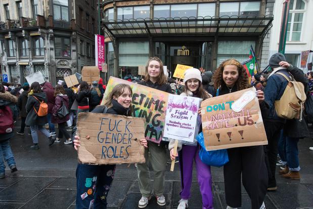 Environ 6.300 personnes à la Marche Mondiale des Femmes à Bruxelles