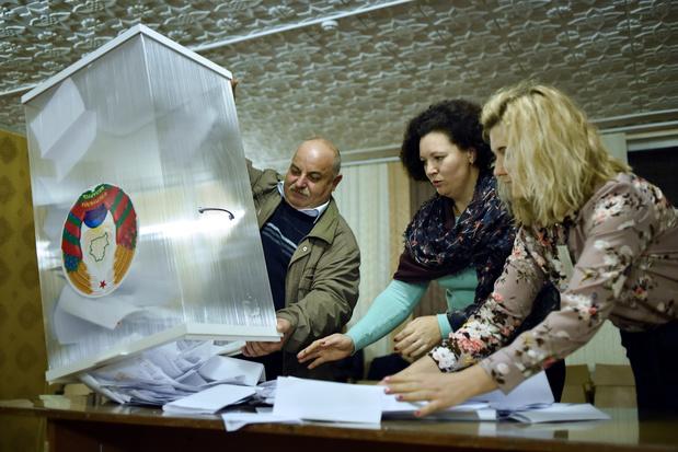 """L'OSCE dénonce un """"manque de respect"""" démocratique lors des élections au Bélarus"""