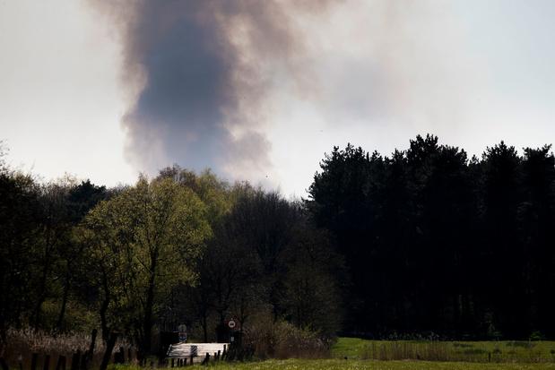 Gouverneur Berx activeert rampenplan na brand in Brecht - hinder tot in Waasland
