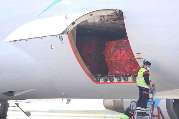 La seconde cargaison des masques en provenance de Chine est bien arrivée à Liège