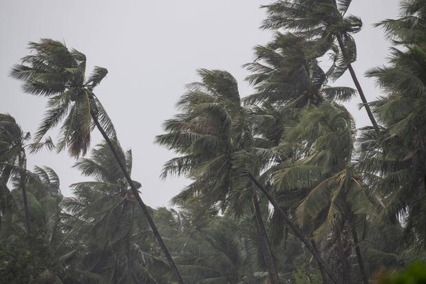 Philippines: l'aéroport de Manille va suspendre ses opérations en raison d'un typhon