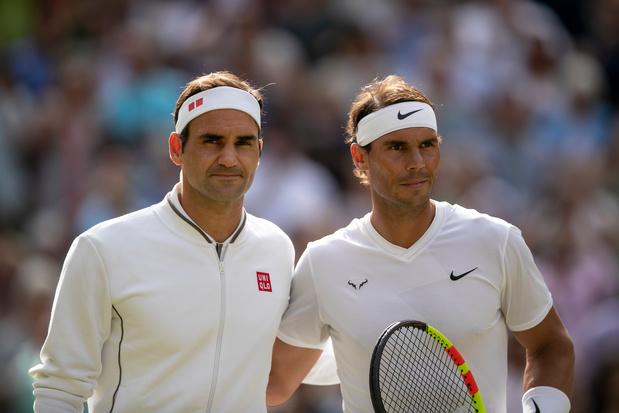 """Nadal et Federer offrent un """"Fedal"""" sur les réseaux sociaux: """"Petit, je jouais des deux mains"""""""