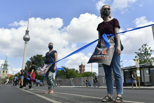 Duizenden Duitsers betogen tegen racisme