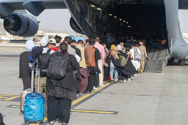 Chaos à l'aéroport de Kaboul: les talibans accusent les Etats-Unis, 20 Afghans décédés les sept derniers jours