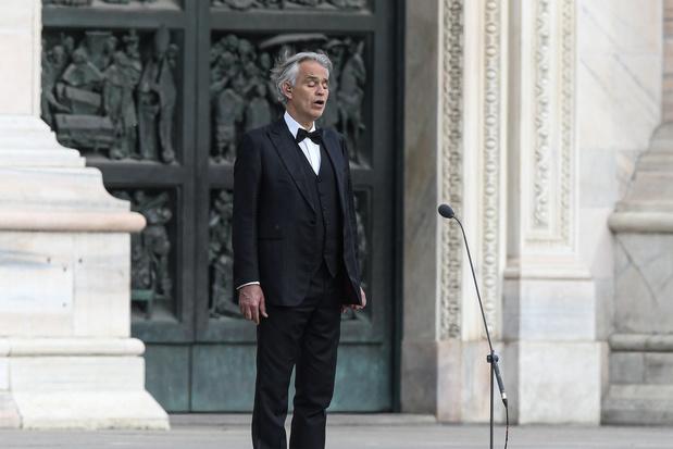 L'émouvante prestation d'Andrea Bocelli dans la cathédrale de Milan déserte