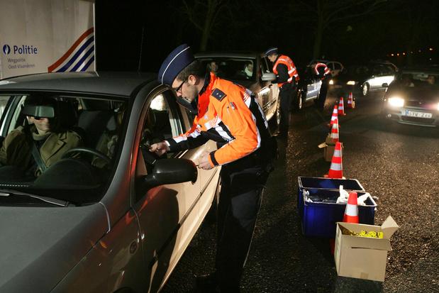 Waze et Coyote n'afficheront plus les contrôles d'alcoolémie en France