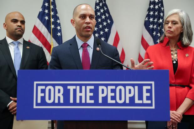 Trump komt niet naar eedaflegging Joe Biden - Democraten willen woensdag over afzetting stemmen