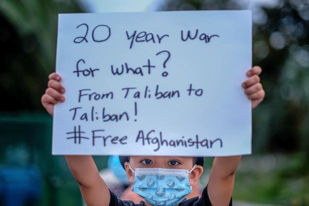 """'Afghanistan: hoe de gewonnen """"noodzakelijke oorlog"""" veranderde in een verloren """"oorlog van keuze""""'"""