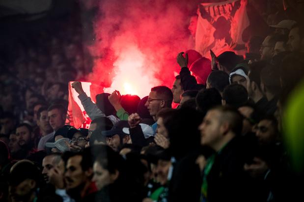 Un bus gantois attaqué par des fans de Saint-Etienne (photo)