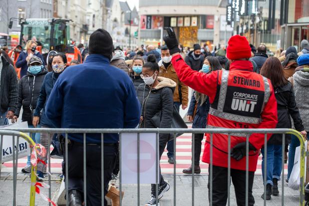 Un spectacle devant la Monnaie à Bruxelles comme nouvel appel à l'aide de la culture
