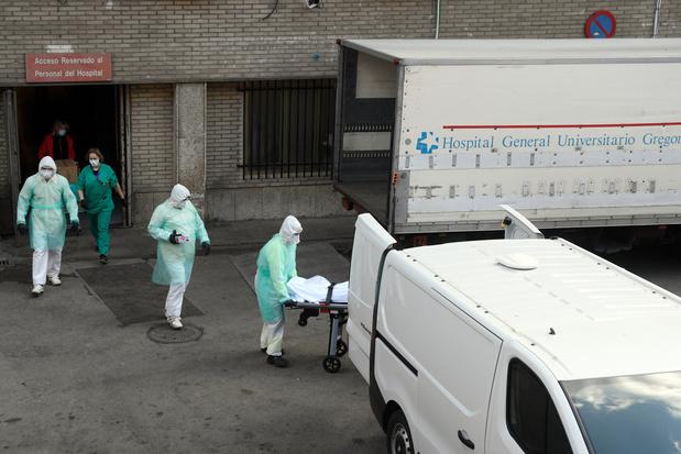 Coronavirus: plus de 4.000 morts et de 56.000 cas en Espagne