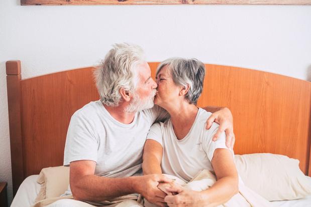 Mensen die tot op latere leeftijd seks hebben, leven gezonder en gelukkiger