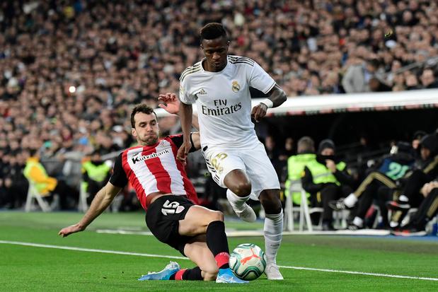 Le Real laisse la première place au Barça