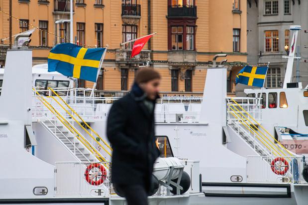 La Suède durcit ses mesures face à la crainte d'une troisième vague de covid