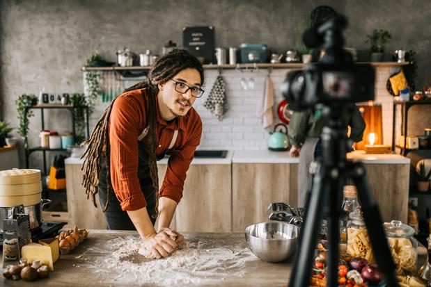 Vijf hacks die het culinair luik van TikTok overspoelen