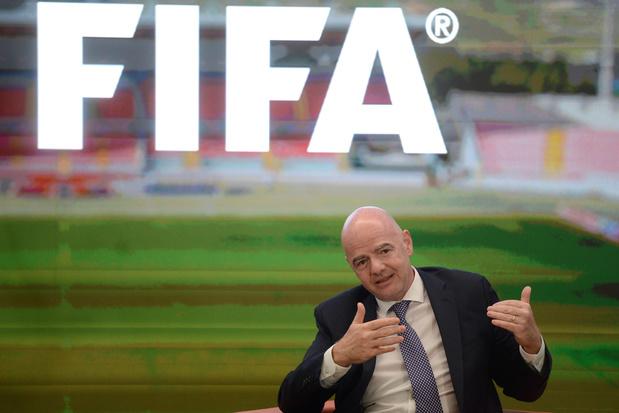 FIFA gaat plannen voor tweejaarlijks WK bespreken met voetbalbonden