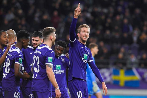 Anderlecht plaatst medewerkers in economische werkloosheid, spelers wordt inspanning gevraagd
